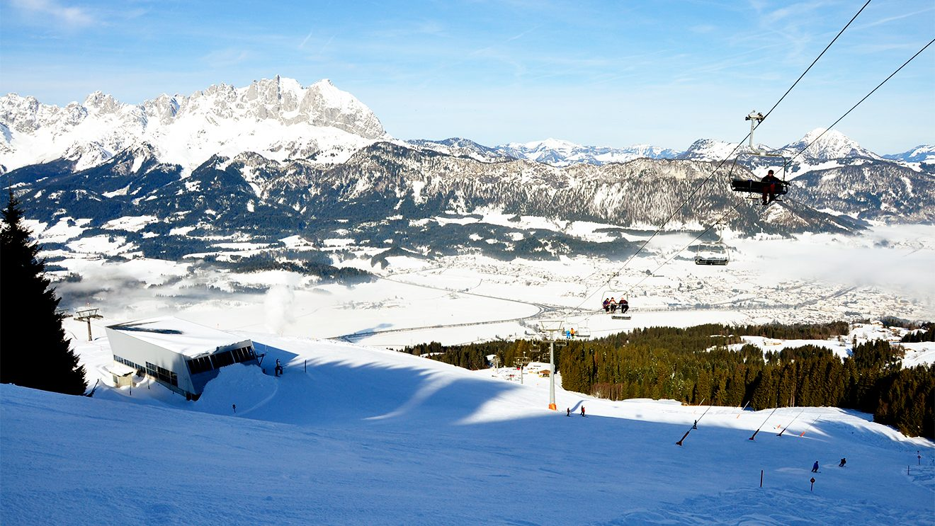 Das ganze Tal öffnet sich von der Bergstation der Penzingbahn © Skiing Penguin