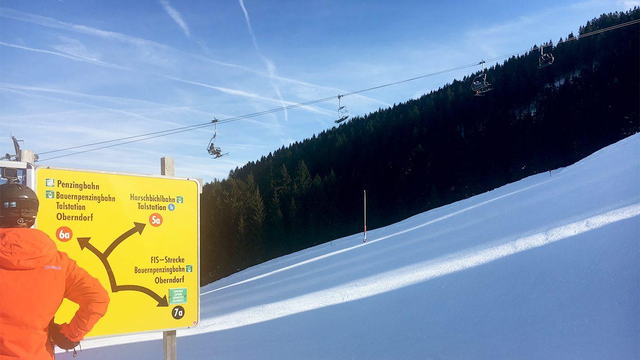 Von der Penzingbahn geht es zu den anspruchsvollen Pisten des Skigebiets @ Skiing Pengiun