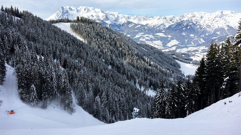 In Werfenweng ist das bestechende Panorama allgegenwärtig © Skiing Penguin
