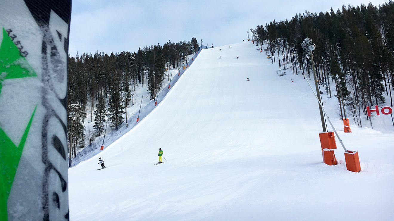 Der Steilhang des Weltcupslaloms mit einer Neigung von 52 Prozent im Durchschnitt © Skiing Penguin