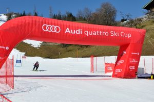 Schnell ins Ziel hieß es beim Finale des Audi quattro Ski Cups © Skiing Penguin