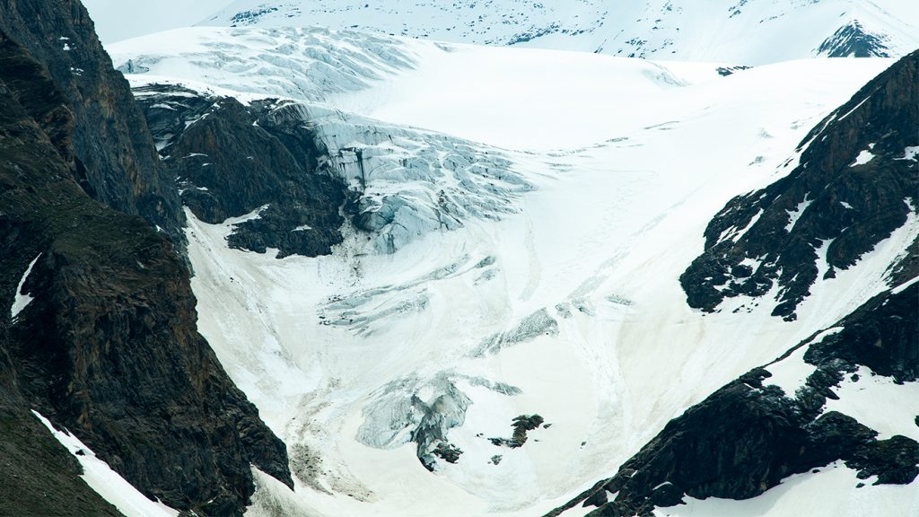 Gletscher - im Bild das Bärenkopf-Kees - reagieren vor allem auf das Sommerklima © Skiing Penguin