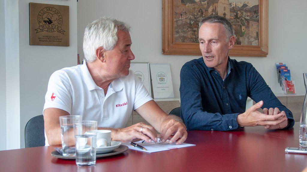 Bergbahn-Vorstand Josef Burger und KSC-Präsident Michael Huber © Skiing Penguin