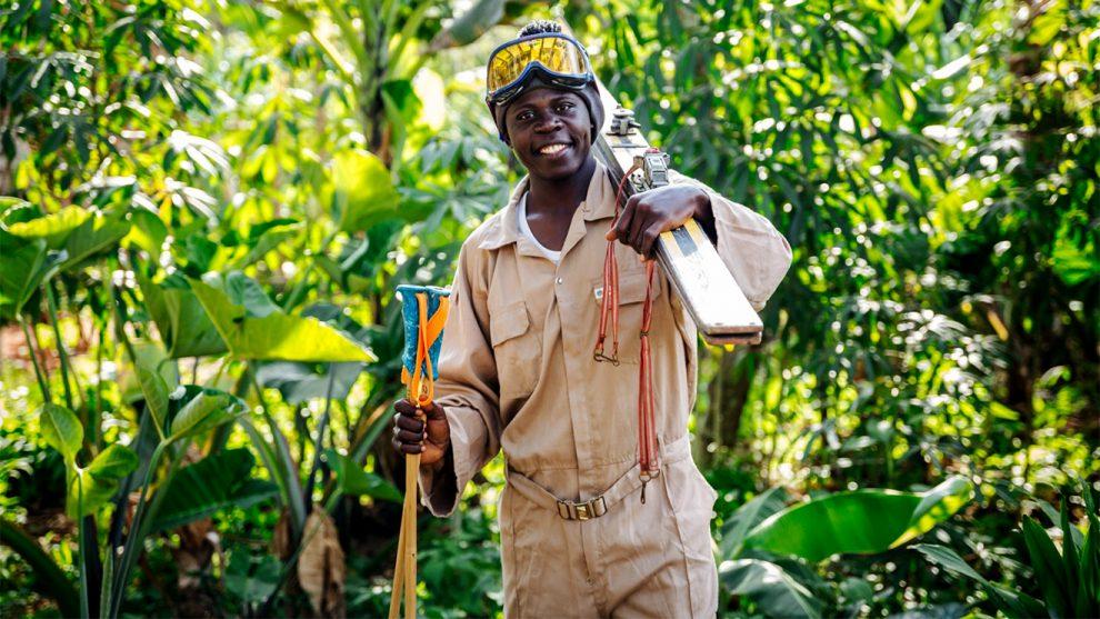 Einer der Fimboo-Mitarbeiter in Entebbe @ Fimboo