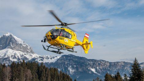 Wenn ein Skiunfall passiert, muss die Rettung oft per Heli ausrücken © Skiing Penguin