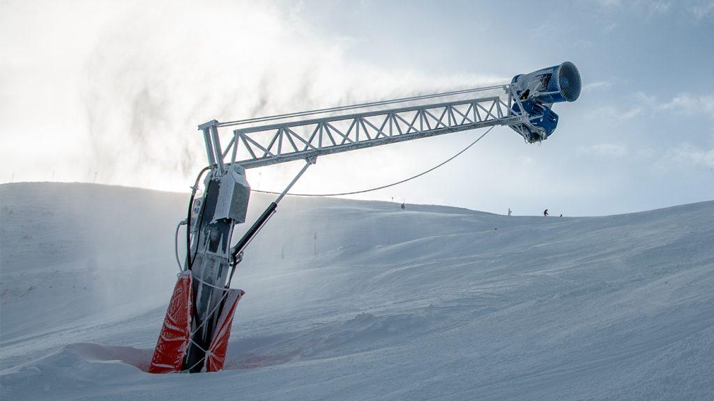 Wann die Schneekanonen arbeiten, hängt vom jeweiligen Bundesland und der Anlage ab © Skiing Penguin