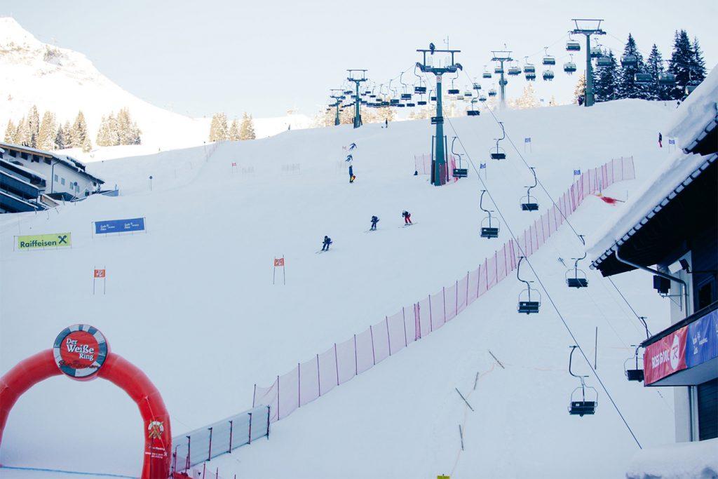 Nach 22 Kilometern erreichen die Teilnehmer des Weißen Rings das Ziel © Lech Zuers Toursimus/Kirstin Toedtling