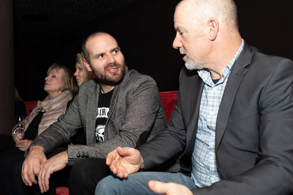 Die Streif-Insider Jan Hudec und AJ Kitt paluderten auf dem Nähkästchen © Hofmann Experience