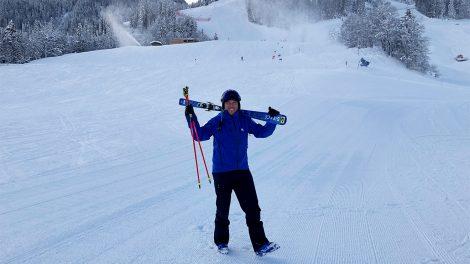 Fritz Strobl im Zielhang der Streif © Skiing Penguin