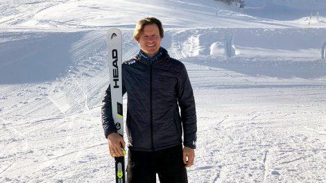 """Rennleiter Mario Mittermayer-Weinhandl am Fuße """"seiner"""" Streif © Skiing Penguin"""
