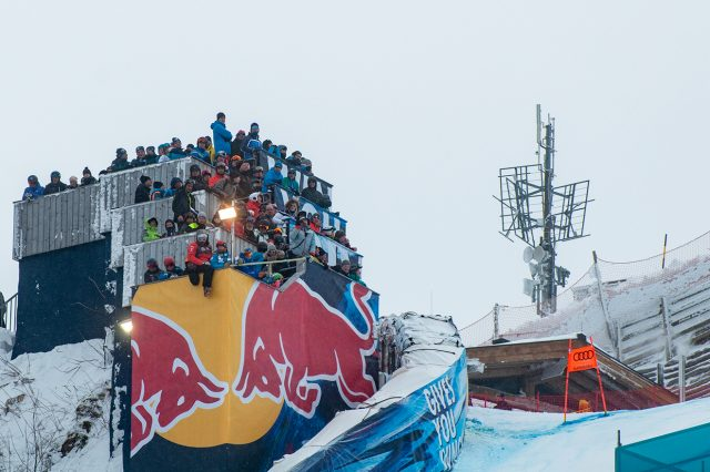 Kuschlige Enge auf dem Turm an der Mausefalle © Skiing Penguin