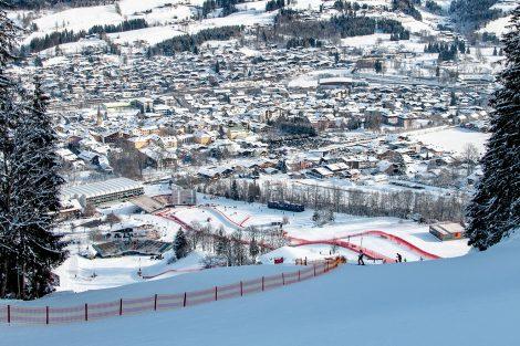 Die Ruhe vor dem Ansturm auf Super-G, Abfahrt und Slalom ab Freitag © Skiing Penguin