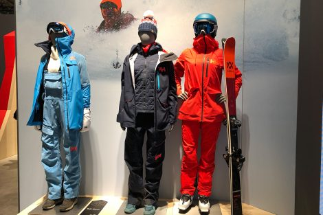 Helly Hansen © Skiing Penguin