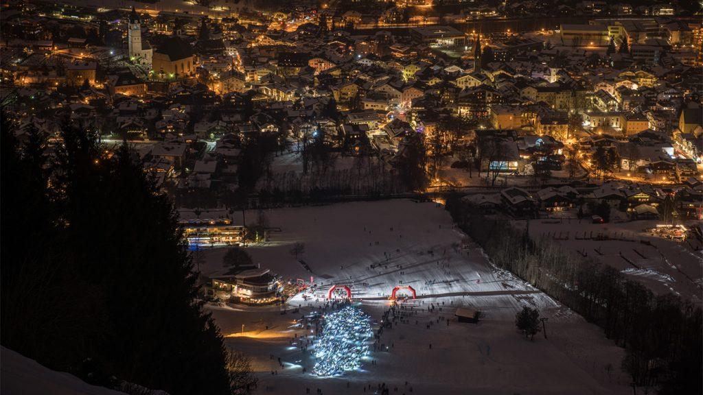 Das Lichtermeer (dank der Stirnlampen) nach dem Start © Michael Werlberger