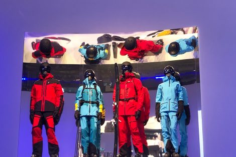 Peak Performance © Skiing Penguin