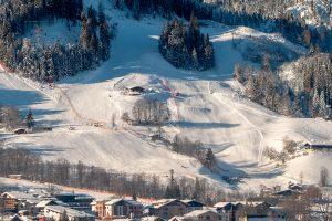 Auf dem Ganslernhang (rechts) soll die Interski 2023 steigen © Skiing Penguin