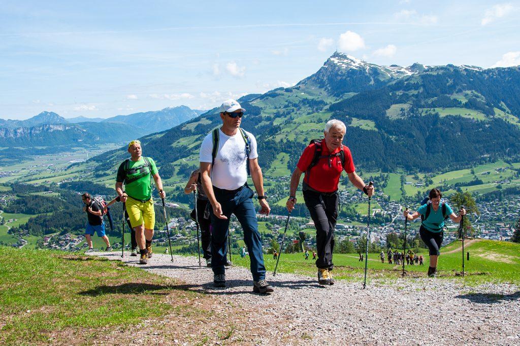 "Der ""Steff"" mit Josef Burger, dem Vorstand der Bergbahn AG Kitzbühel © Skiing Penguin"
