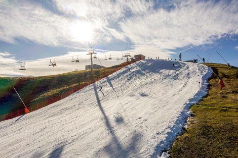 Die Piste liegt übrigens zwischen 1700 und 1900 Meter Seehöhe © Skiing Penguin