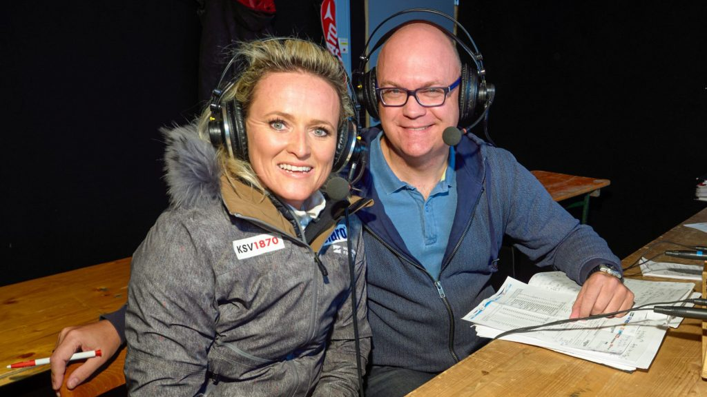 Alexandra Meissnitzer als ORF-Ski-Expertin – an der Seite von Peter Brunner © ORF