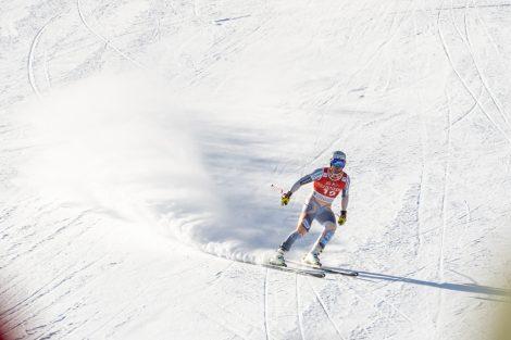 Abgeschwungen hat Kjetil Jansrud noch etwas zweifelnd © Skiing Penguin