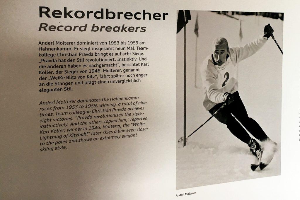 Im Starthaus auf der Streif wird an Anderl Molterer erinnert © Skiing Penguin