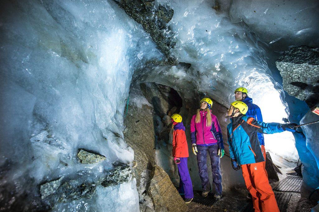 """Ein Erlebnis: der """"Natur Eis Palast"""" am Hintertuxer Gletscher © Zillertaler Gletscherbahn"""