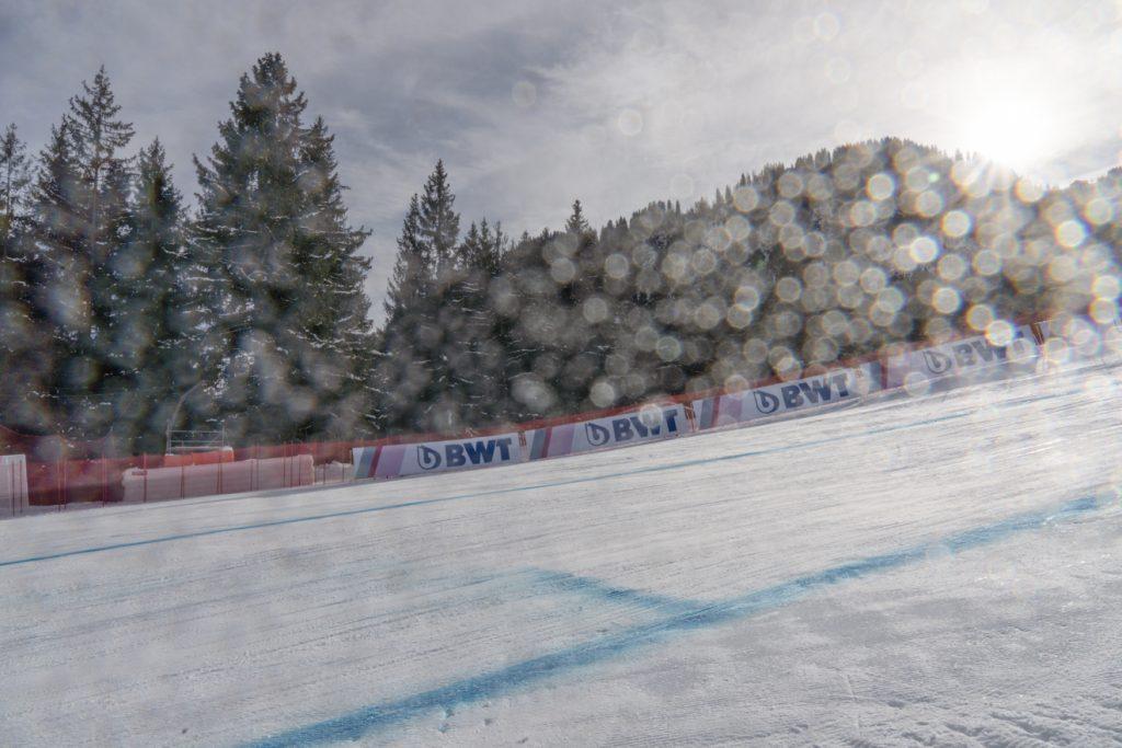 Das 81. Hahnenkammrennen war wie keines zuvor © Skiing Penguin