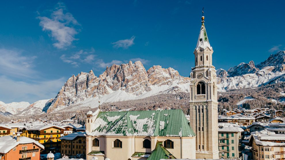 Die Basilica dei Santi Filippo e Giacomo am Corso Italia in Cortina © bandion.it