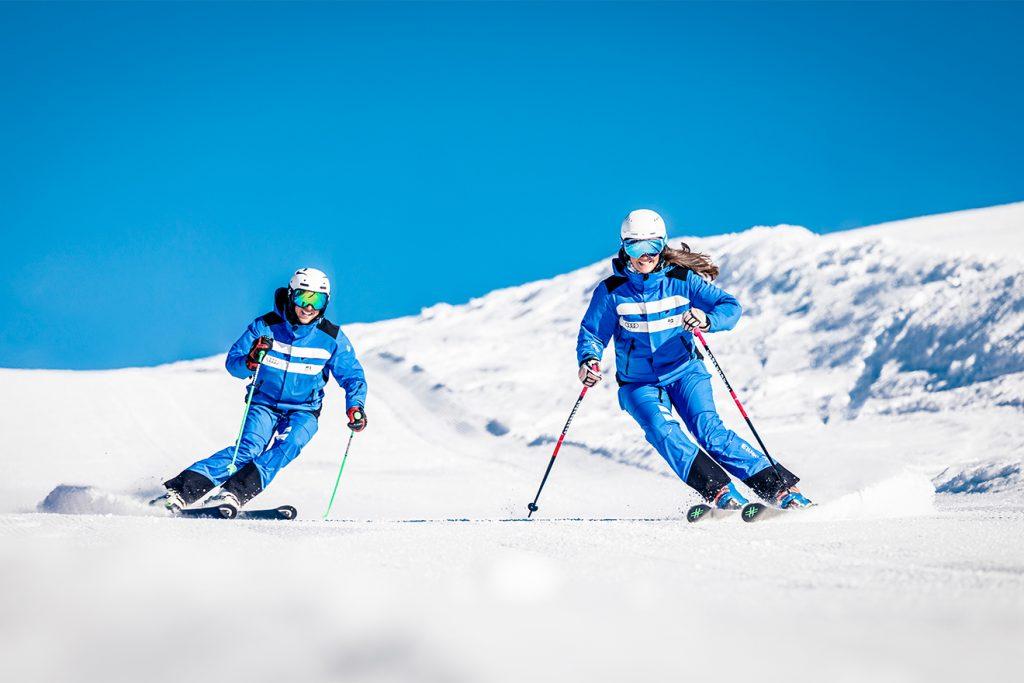 So unbeschwerte Gesichter der Skilehrer sieht man heuer selten © e3Mediahouse